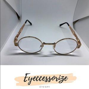eyeccessorize